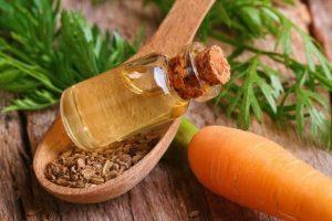 روغن بذرهویج روغن مخصوص مراقبت از پوست است